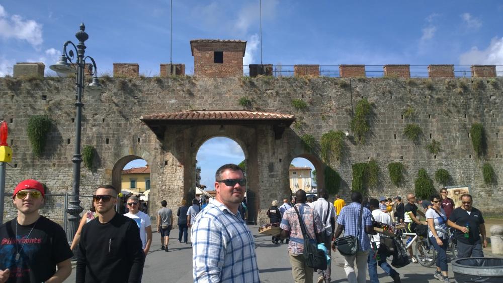 Italy 1184