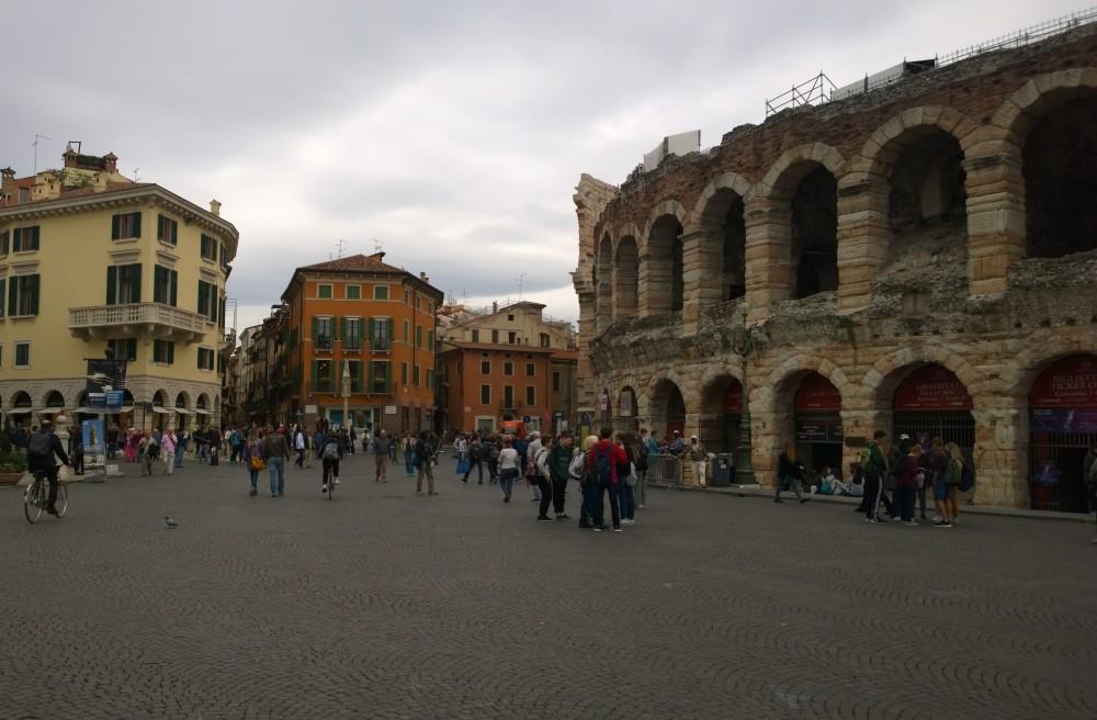 Italy 2726